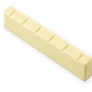 PLASTIC CLASSICAL GUITAR NUT