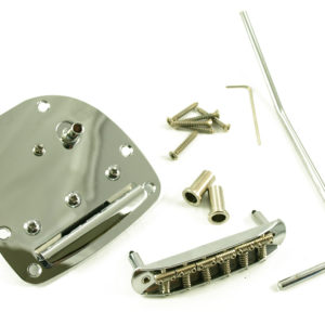 JAZZMASTER¨/JAGUAR® TREMOLO CHROME