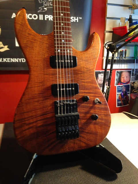 KDG – TASMANIAN AAA BLACKWOOD TOP W/P90's